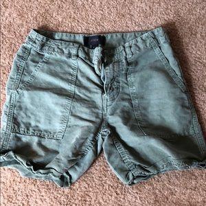 J crew green cargo shorts